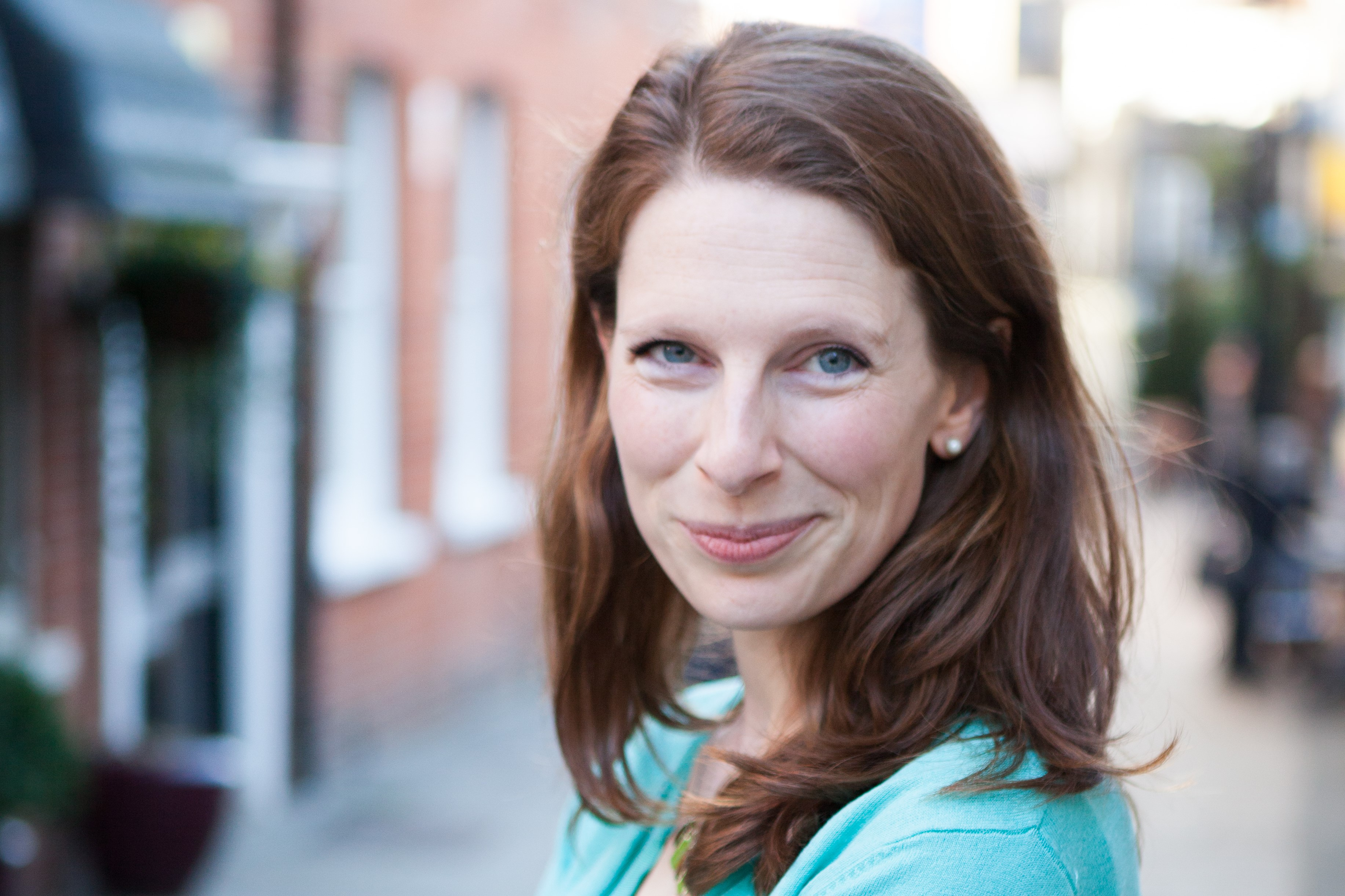 An Insight into British Business Etiquette by Victoria Rennoldson, Founder of Perfect Cuppa